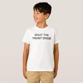 FERMEZ le T-shirt drôle d'école d'enfants d'ENTRÉE