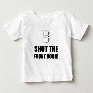 Fermez l'entrée principale t-shirt pour bébé
