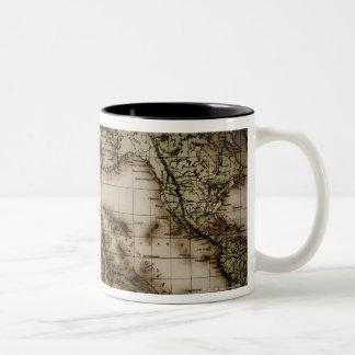 Fermez-vous de la carte antique 6 du monde mug bicolore
