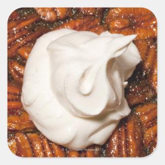 fermez-vous de la tarte aux noix de pécan avec la sticker carré