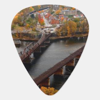 Ferry de harpistes en automne médiators