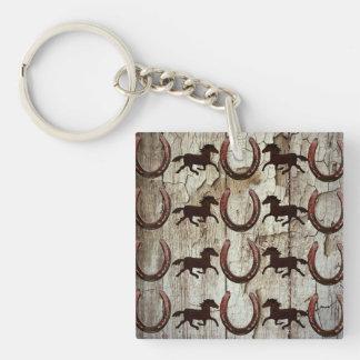 Fers à cheval de chevaux sur les cadeaux en bois porte-clé carré en acrylique double face