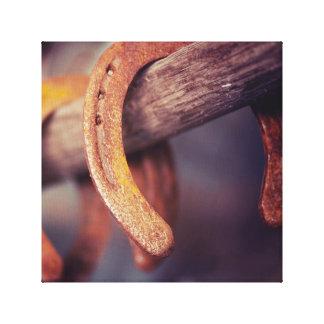Fers à cheval sur le pays en bois de cowboy de impressions sur toile