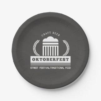 Festival de rue d'Oktoberfest sur le tableau Assiettes En Papier