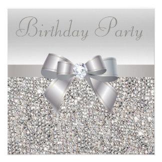 Fête d anniversaire argentée de paillettes d arc invitations