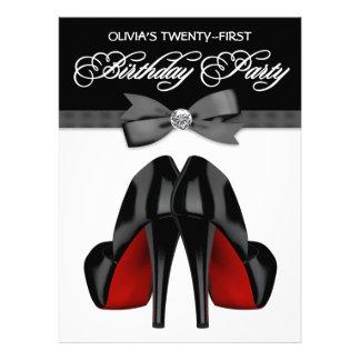 Fête d anniversaire d arc de la femme noire rouge faire-parts