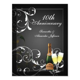 Fête d'anniversaire argentée noire et blanche de carton d'invitation 10,79 cm x 13,97 cm