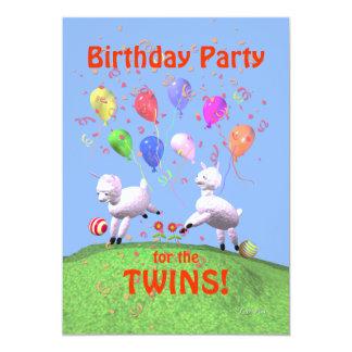 Fête d'anniversaire d'agneaux pour des jumeaux carton d'invitation  12,7 cm x 17,78 cm