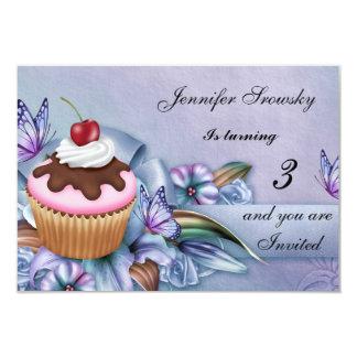 Fête d'anniversaire de filles de petit gâteau carton d'invitation 8,89 cm x 12,70 cm
