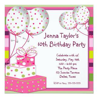 Fête d'anniversaire rose de filles de présents de carton d'invitation  13,33 cm