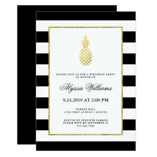 Fête d'anniversaire tropicale d'ananas d'or rayé carton d'invitation  12,7 cm x 17,78 cm