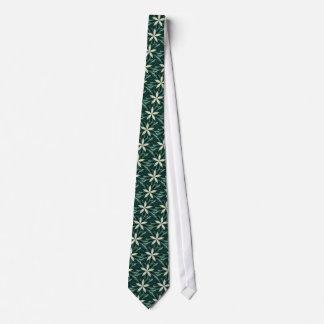 Feuille blanc dans un kaléidoscope vert de forêt cravates