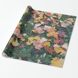 feuille d'automne papier cadeau noël