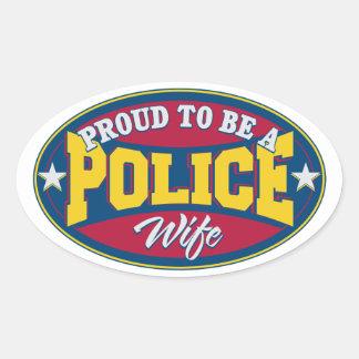 Fier d'être une épouse de police sticker ovale