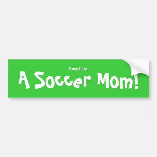 Fier d'être une maman du football ! autocollant pour voiture