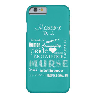 Fierté-Attributs d'infirmière+/Aqua nommé Coque iPhone 6 Barely There