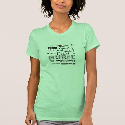 Fierté-Attributs d'infirmière de santé mentale+Coe T-shirts
