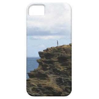 Figure solitaire sur une falaise iPhone 5 case