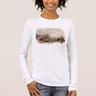 Figures guidant un sampan autour d'une courbure en t-shirt à manches longues