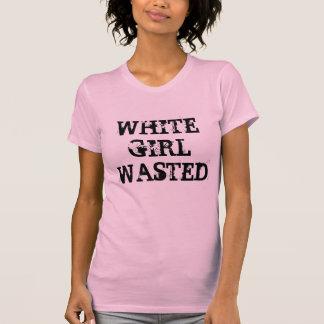 Fille blanche gaspillée t-shirts