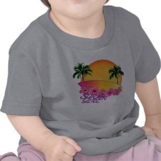 Fille de surfer t-shirts