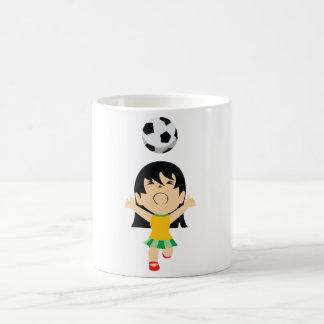 Fille du football mug