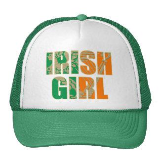 Fille irlandaise casquette trucker