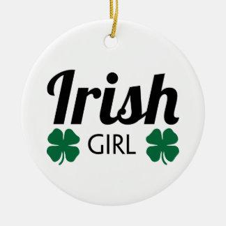 Fille irlandaise ornement rond en céramique