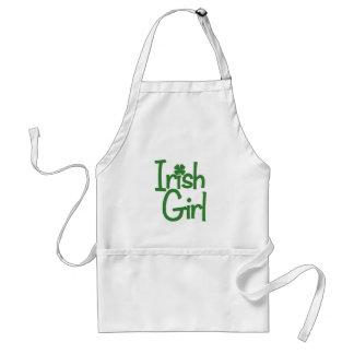 Fille irlandaise tablier