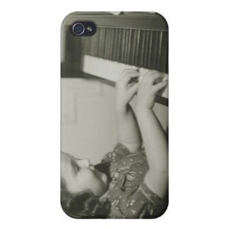 Fille jouant le piano coques iPhone 4