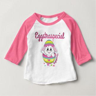 Fille raglane Eggstraspecial d'oeufs de lapin de T-shirt Pour Bébé
