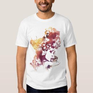 Fille vintage et fleurs d'été t-shirts
