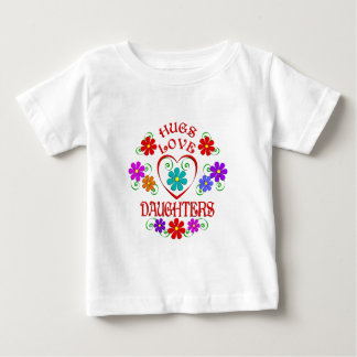 Filles d'amour d'étreintes t-shirt pour bébé