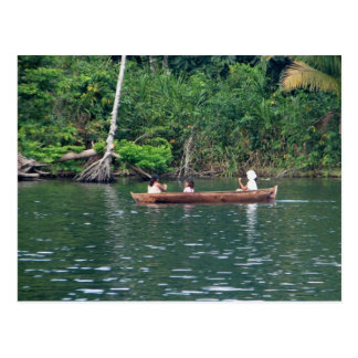 Filles de Maya dans Cayuco, Rio Dulce, Guatemala Cartes Postales