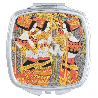 Filles égyptiennes orientales de femme de dames de miroirs de maquillage