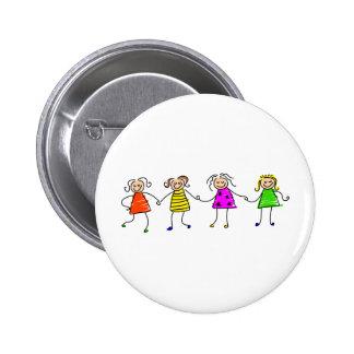 Filles heureuses badge avec épingle
