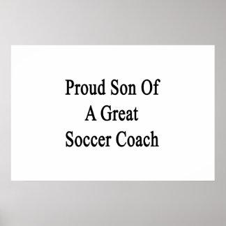 Fils fier d'un grand entraîneur du football posters