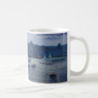 Fin de l'après-midi amarrée de yachts mug