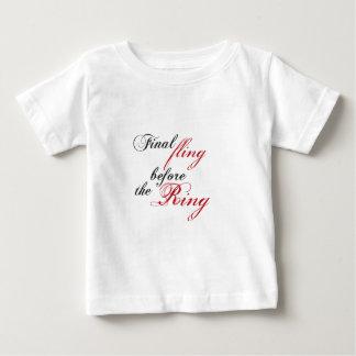finalement fling anneau the before t-shirt