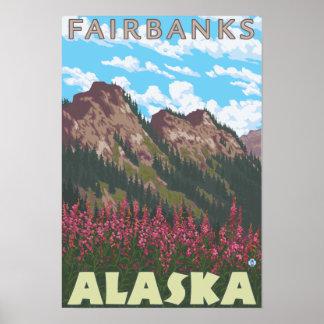 Fireweed et montagnes - Fairbanks, Alaska Posters