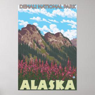 Fireweed et montagnes - parc national de Denali, Posters