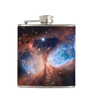 Flasques Étoile S106 formant la région - photo de l'espace