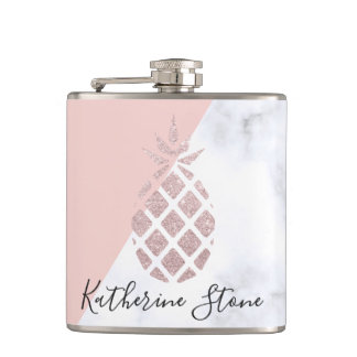 Flasques Le marbre blanc de parties scintillantes roses