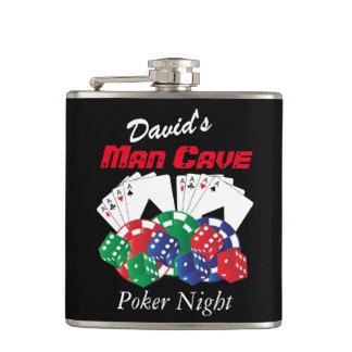 Flasques Nuit de tisonnier à la caverne d'homme