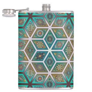 Flasques Patchwork vintage avec les éléments floraux de