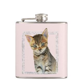 Flasques Peinture tigrée de chaton avec le cadre de marbre