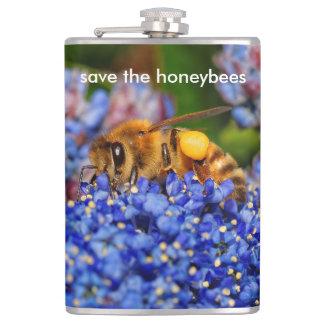 Flasques Sauvez les abeilles pollinisant le lilas de la