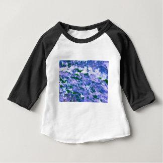 Fleur blanche de cornouiller dans le bleu t-shirt pour bébé