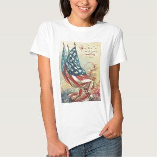 Fleur de Jour du Souvenir de drapeau des USA T-shirts
