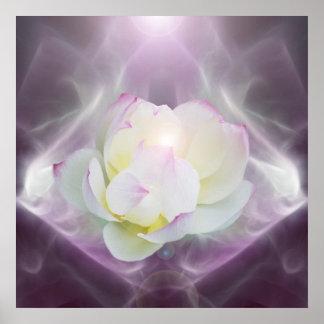 Fleur de lotus blanc dans le cristal